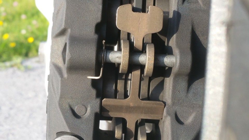 BMW 1200 GS Motorbike inspection rear brake pads