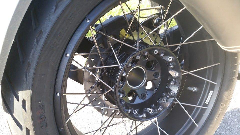 BMW 1200 GS Motorbike inspection rear wheel