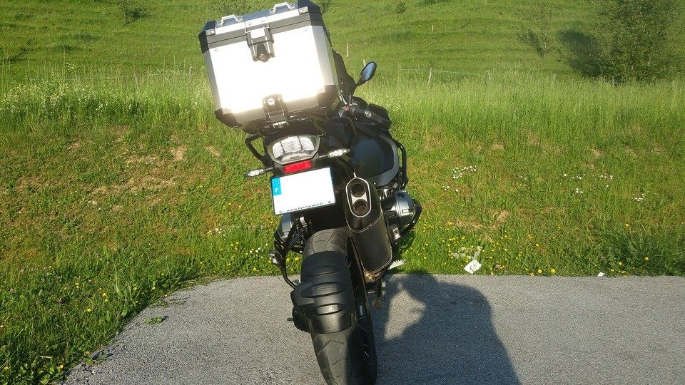 BMW 1200 GS Motorbike inspection rear view