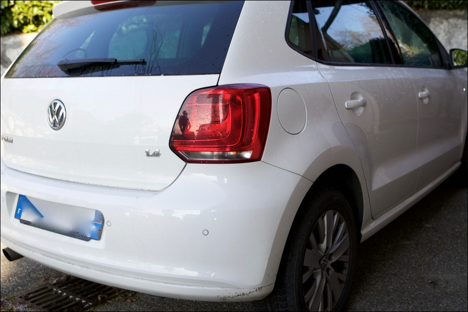 Volkswagen Polo back fender right side